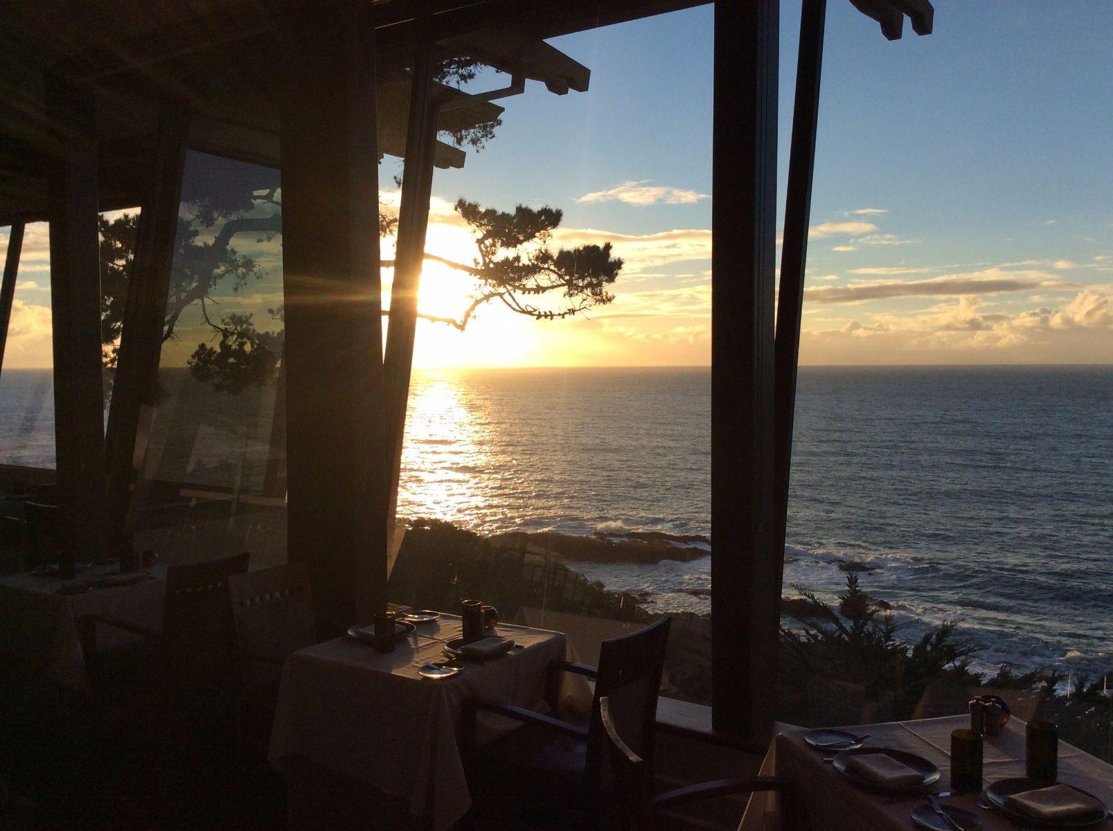 Hyatt Carmel Highlands Inn Lounge restaurant ocean view